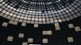 """Поставка материала на строительство павильона """"Зарядье"""" рядом с Кремлем"""